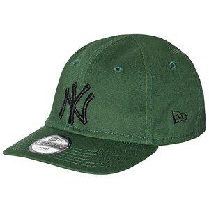 New Era New York Yankees Logo 9Forty Baseball Cap Green/Black Baseball caps